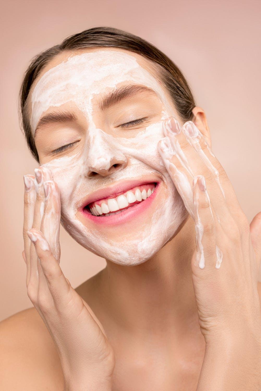 Op zoek naar een huidverzorgingsproduct dat echt helpt tegen veroudering van de huid?