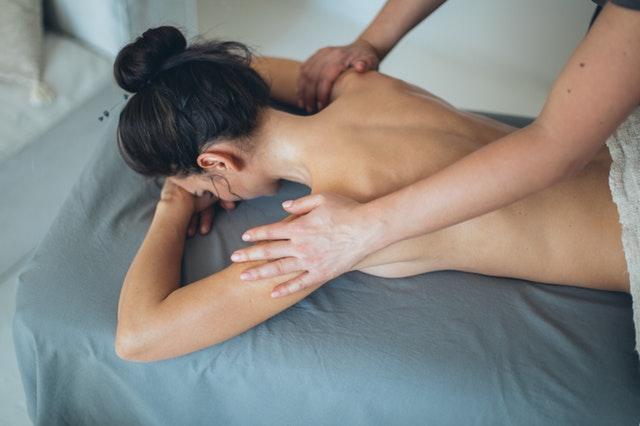 Fysio in Scheveningen: weer pijnvrij bewegen met fysiotherapie